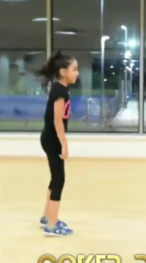 #superdance  #roposo-cute  #cuteness-overloaded  #roposodance  #roposodaily  #dances