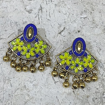 Blue Floral Gold Plated Oxidised Alloy Stud Earrings❤ Rs 190/- Item Code:(🔎1405E14-b) Purchase From Our Website - https://digitaldressroom.com/collections/earrings #earring #earrings #goldearrings #goldstudearrings #goldplatedearrings  #enamal #goldenamalearring #metalearring #studearring #goldoxidizedearrings #multicolorEarrings #entiqueearrings #entiquegoldearrings #oxidisedearrings #ghungrooearrings #enamalworkearrings #ethnicearring #earringsforgirls #earringsforwomen #jewellery #womensjewellery #indianfashion #indianjewellery #traditionaljewellery #weddingjewellery  #statementjewellery #fashionjewellery #jewellerylovers #womenwears #traditionalwear