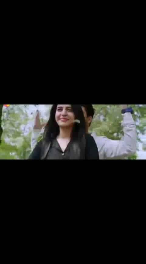 #nikhil #simran #kirakparty #guruvaram #lovesong #videoclip#whatsapp-status