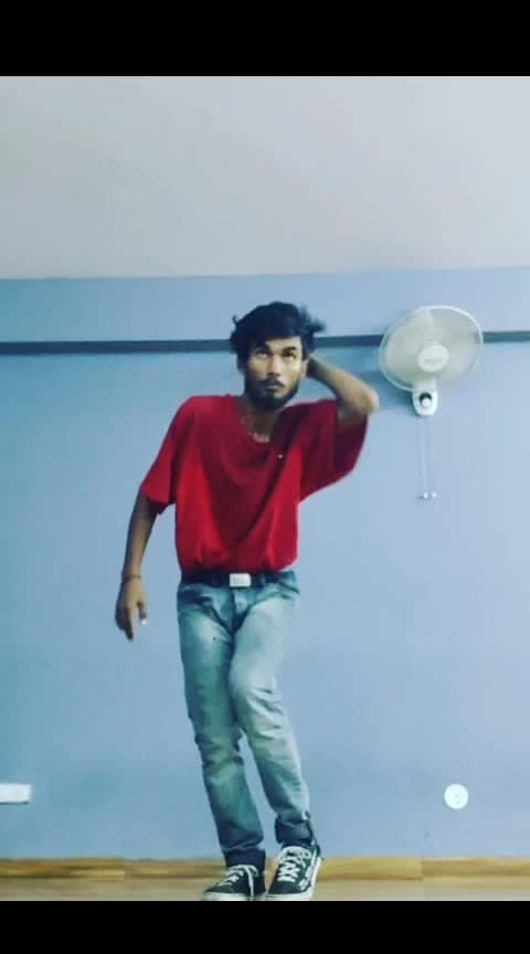 freestyle hiphop #hiphopdance #hiphopnation #hiphopmusic #roposo-dance #bodyflow #dances #dancedeewane #danceplus4 #didichallenge #swagdance #lovedancing