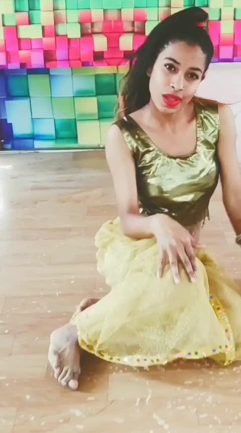 mujh me nasha h 😉#rops-star #rops-style #bollywoodsongs #bollyshake #bollydance #bollyhop #panchisinghh #youtuber