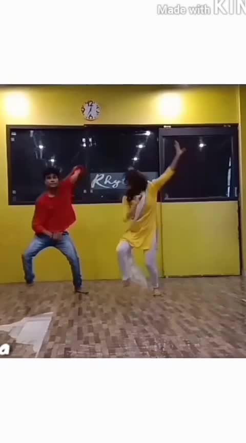 koka song trending choreography #koka #choreography #dancepartner #duet #lovethissong #ropo-love #roposo-rising-star #roposo-rising-star-rapsong-roposo #dance