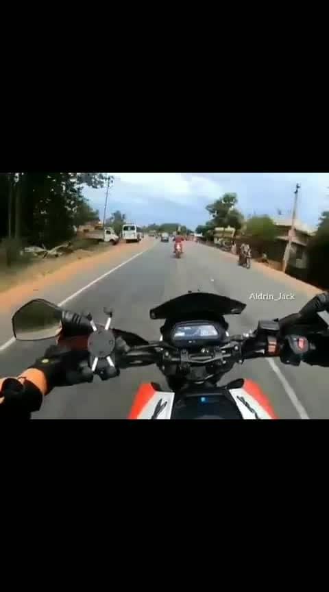 மரண Driver 🙄🙄😱 #dukelover #ktmlover #bikelover #ride on highway #duke390 #duke