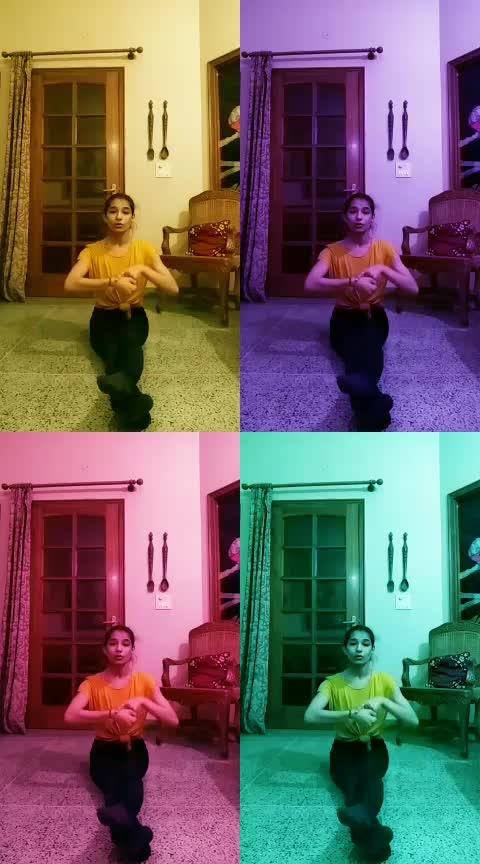 #girlslikeyou #roposo-dance #roposo-dancer #maroon_5 #freestyle #indianfeel