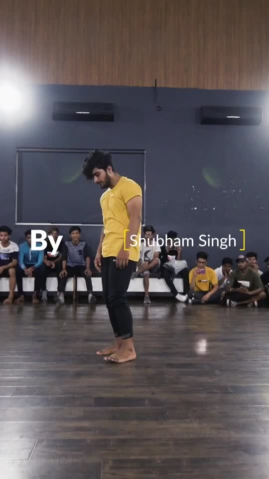 Contemporary Dance Video #contemporarydance #contemporaryart #dance #instructor #roposo