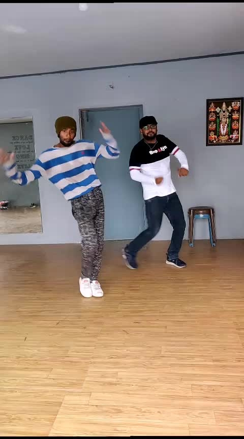 #kadhal  #psycho #dance #roposo-dance #roposostar #risingstar #tamil #roposo-tamil #parthupdc #siddharth #pdc #cbe