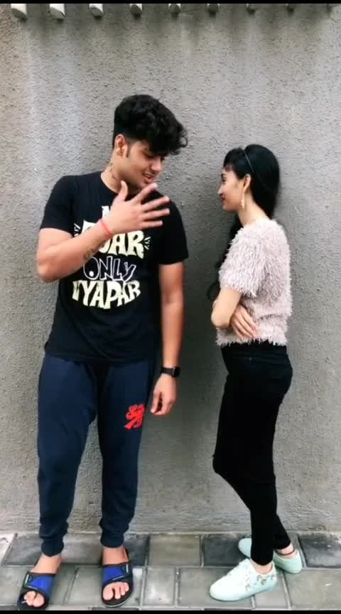 #comedy  #roposo-comedy  #comedyclips  #comedyposts  #comedyvideo  #roposo-funny  #funny_video  #funnypost #comedy  #roposo-comedy  #comedyc