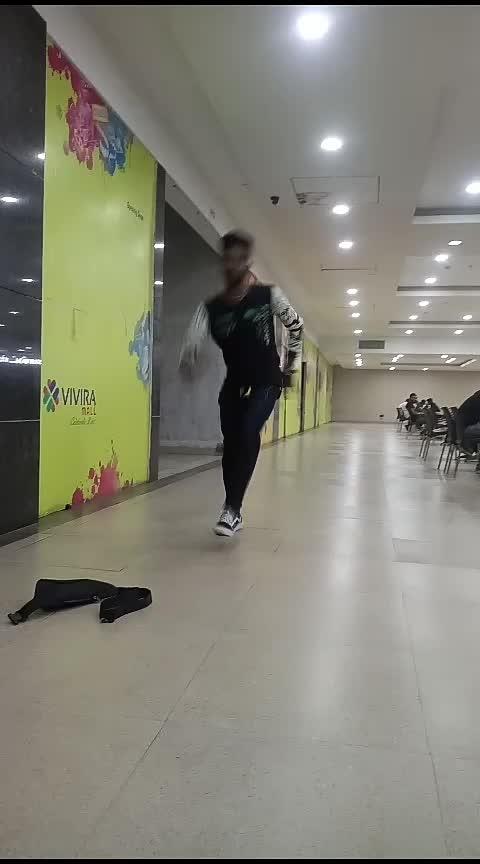 single pasanga #roposo-dancers  #tamilian  #roposo-lover  #freaks