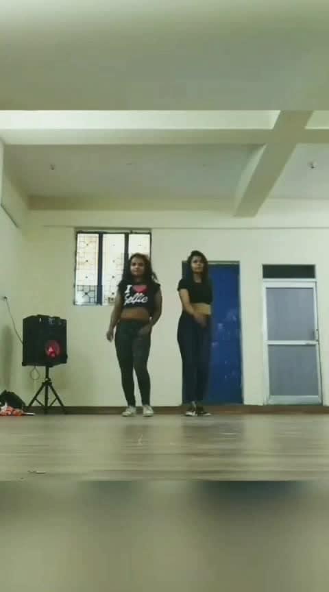 #roposo-dance #jazzfunk #dancerlife