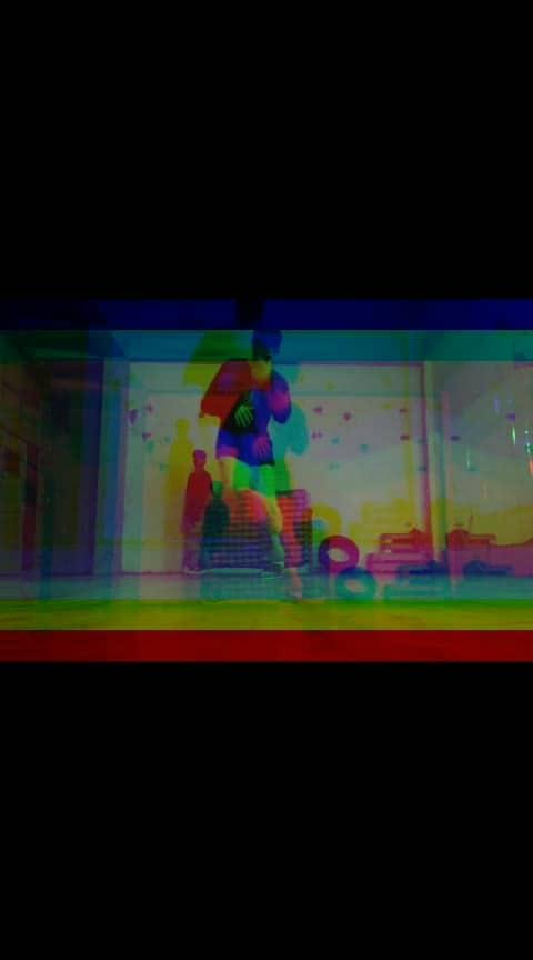 Breaking love toprock   #roposo  #breaking  #dance  #danceplus  #roposo-fun  #freestyle  #artist  #cool #roposo-dancers #roposomusic #hiphopdance #break #abstract  #practice #hardworks #roposoers #ropo-daily