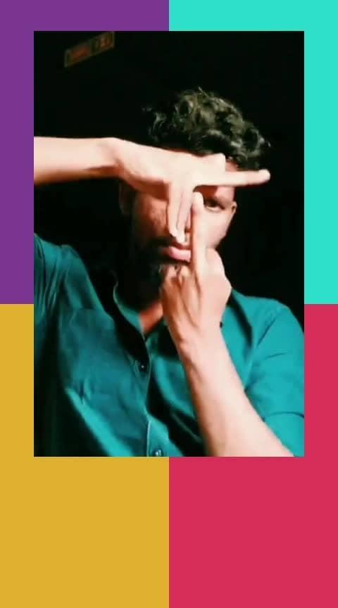 #roposo-dancer #danceindia #featureme #dance #tutting #roposo #roposostars
