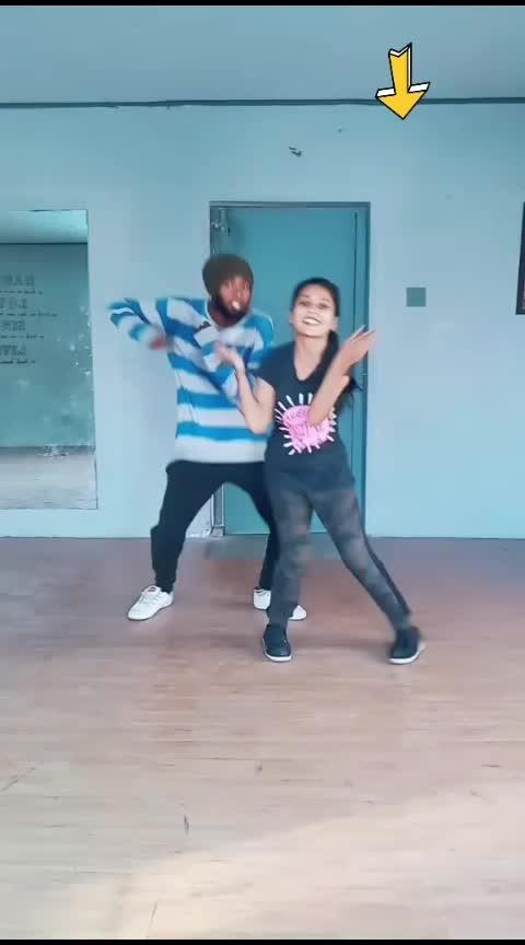 Blooper 1 his last expression😂#hbdsuriya#surya#jyothika##favsong#mohana#mohanadancevsdance#roposo-dance#roposo-dancer#roposo-tamil#roposo-india
