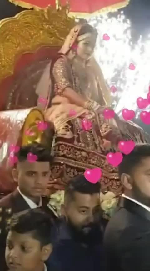 #weddings #weddingrings #wedding-dress #wedding-lehnga #wedding-roposo #uncle-wedding #wedding !!!  #pre-wedding #wddingdiaries #wedding-collections #wedding-lehenga-designer #wedding time #weddingdeals #waddingg #felling wedding wedding😁