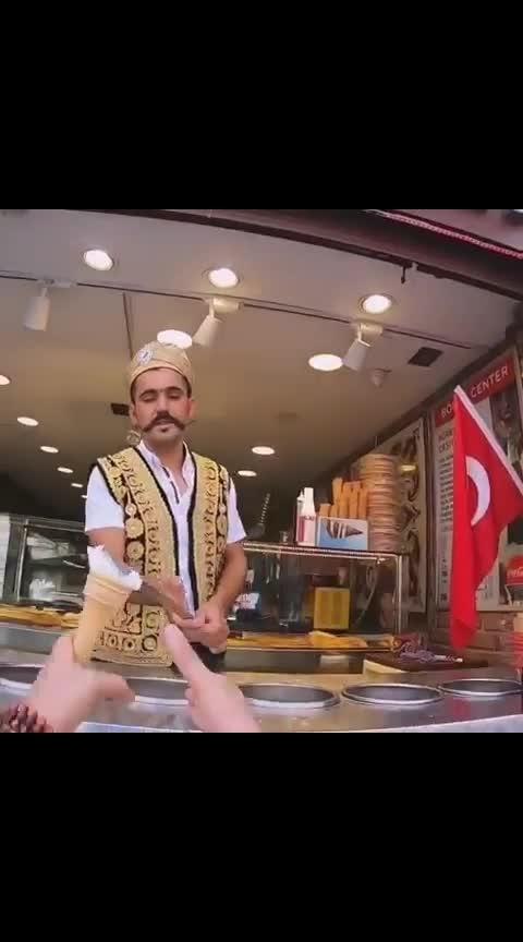 Aisa ice cream kabhi khaya ha? #icecream #icecreamlove #turkey #icecreamlover #like #commentback #share #commenter #gift #comment