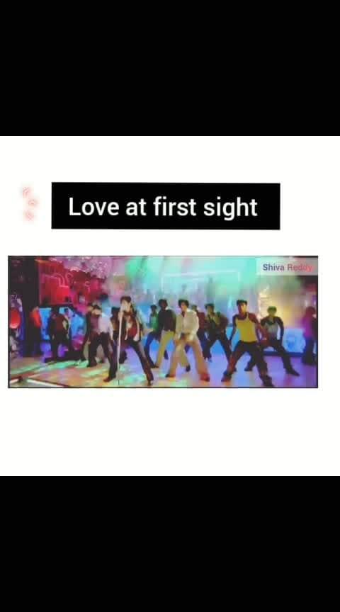 #love #loveatfirstsight #onesidelove #oye #oyemovie #sidharth #tollywoodsongs #lovelymusic #bestsong #old-is-gold