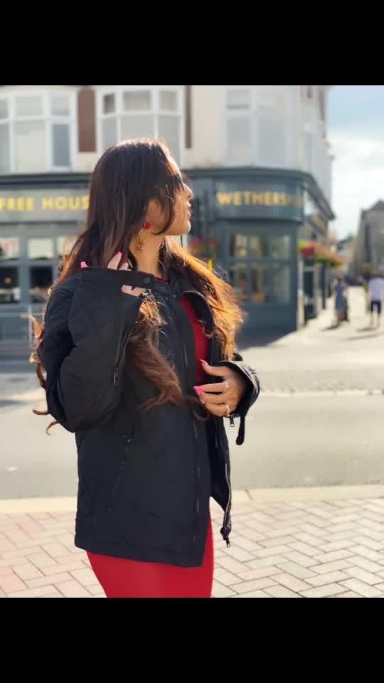 Sunshine and Shoot 🎥🎥 : Makeup hair by @sweta_mua 😍😍😍 : #wakeupandmakeup #pollywood #pollywoodmovie #movieshoot #shooting at #bedford #uk #london #pollywoodartist #pollywoodactress #pollywoodfame #instantpollywood #instantbollywood #musafir #ryanmedia #sakhiyaangirl #merewalisardarni #nehamalik #model #actress #blogger #instantbollywood