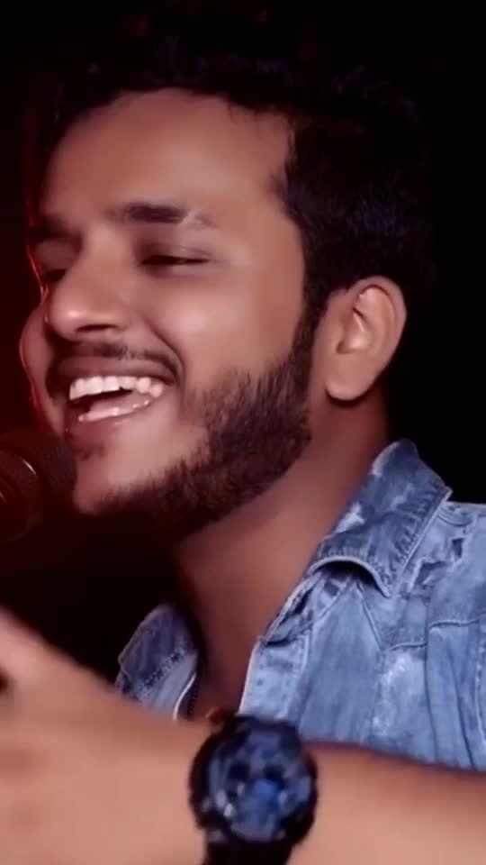Jaane Meriye 😍 Do like , comment & share!  #singer #musician #singing #singers #roposo #roposoapp #roposotalent #guitar #video #shivankurvashisht #risingstars #songs #indiansingers #artist #talent #love #romantic #bollywood