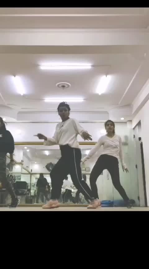 #dilbar-dilbar #ropostar #risingstar  Choreo by: @deepikasoni77