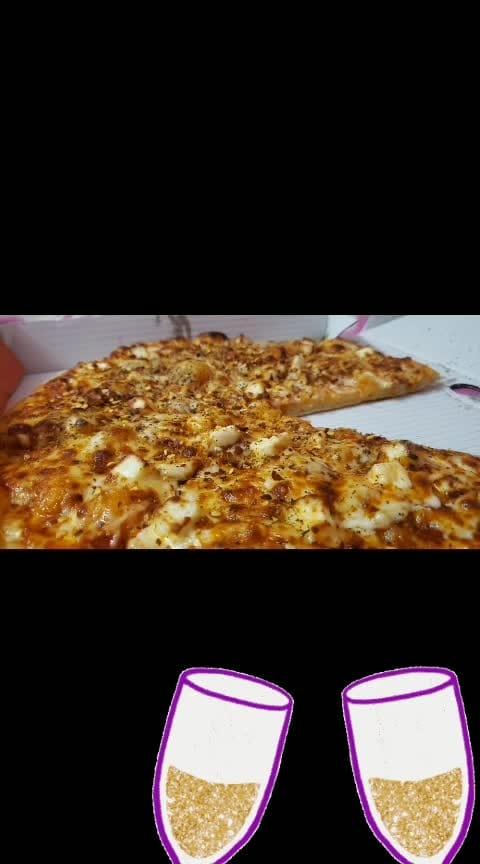 #amazing-food-creation #bestfoods #pizzalover  #pizzaisbae #roposo-food #foodstagram #foodiegram