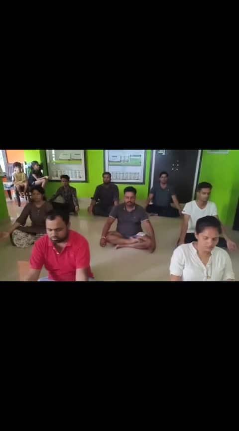 Morning fitness batch  #roposo-morning #morningvibes #fitness #fit #fitfam #herbalifenutrition #herbalife #dance #danceclass #yoga #love #shiv #mahakaal #tune
