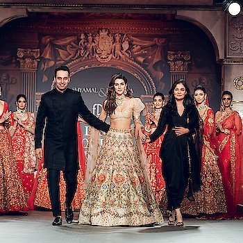 Shyamal and Bhumika Launch 'The Renaissance Muse' at the India Couture Week 2019 with 'Kriti Sanon' ! Checkout:  https://www.weddingplz.com/blog/shyamal-and-bhumika-launch-the-renissance-muse-at-india-couture-week-2019-with-kriti-sanon/ .      #fdci #ICW2019 #bridalcouture #bridalcollection #couturecollection #shyamalbhumika #kritisanon