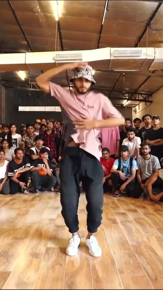 Like it? #dance #roposo-dance #burn #billieellish #art #delhi #india #mohitsolanki
