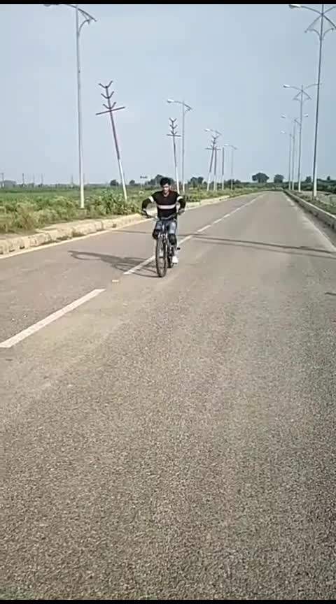 #awesome-stunt #cycle-stunt