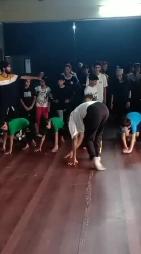 #ropsodancer  #contemporarydance  #combo  #workshop  #risingstar