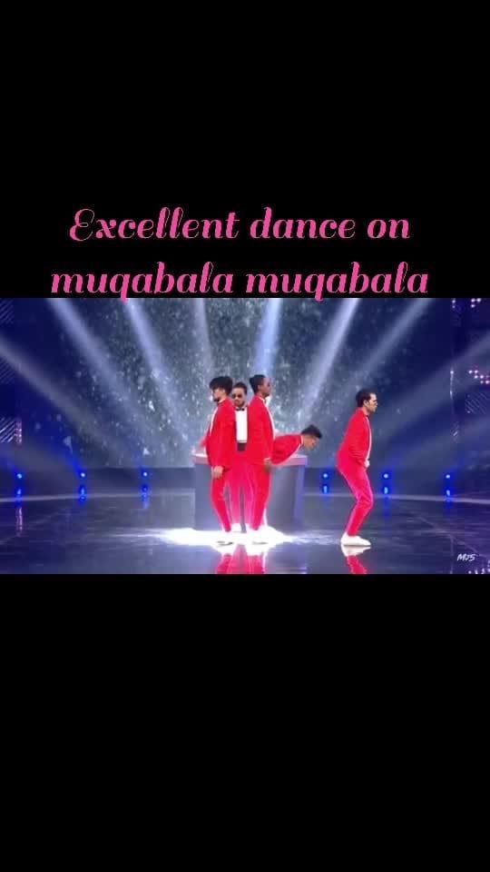 Superb dance on muqabala muqabala