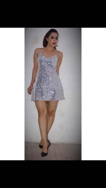 Sequins love   #rosepuri #rosepuri_styleblog #latenightpost #influencer #skininfluencer #sequinslove #fashion #style #stayskinfit