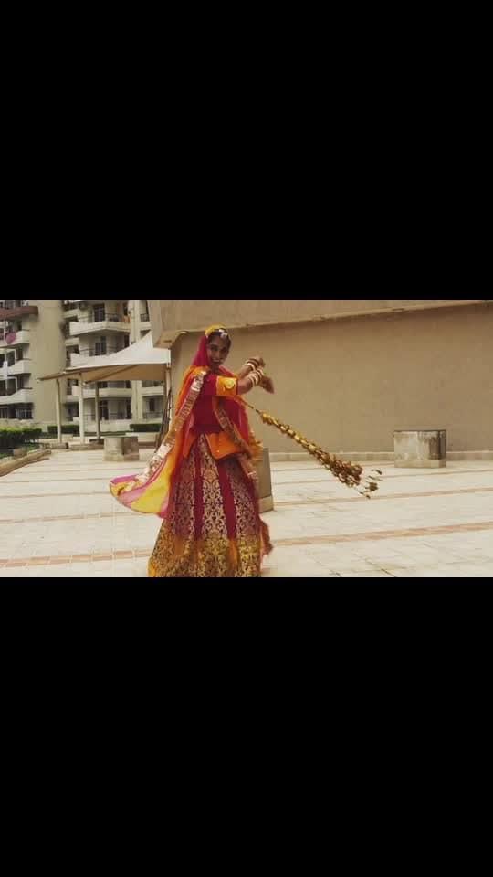 "On ""Savan's Teej"" we Rajasthani women wear ""Leharia Odhnis"" and swing on the ""Jhoolas"" sing folk songs about Teej and Savan, worship ""Maa Parvati"", eat ""Ghevar"" and dance a lot! 💃🏻  Here, I am dancing on one of the very famous folk songs that we dance on! ""Banna Re Bagan Me Jhoola Ghalya"". It talks about letting the girl swing in the garden.  Click this link for the full video - https://youtu.be/Ff_KB8W7Clk  #baisa #rajasthani #rajasthanidance #ghoomar #ghoomardance #dancevideo #teej #indianfestival #rajasthan #baisaraj #rajputana_attitude #rajputanastyle #indianyoutuber #bikaneri #ShailySingh"