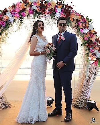 The Best of Both Worlds-An Enticing Beach Side Wedding! Checkout: https://www.weddingplz.com/blog/the-best-of-both-worlds-an-beach-side-wedding/ .        #lizpaul #ayeshaqureshi  #troycosta  #jfinedesign #faabiiana #kajolrpaaswan  #payalkeyal #shantanunikhil  #dollyj #wedding #bridegroom #weddingoutifts #ThursdayMotivation