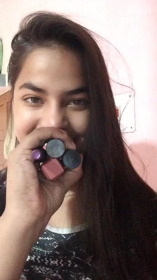Glossy lipsticks shade turned into matt finish look 🌸