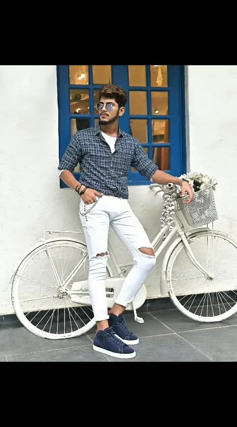 My love for blue suede would be forever ! . . Sneaker by - @docsneakers . . Shot by - @thedaydreamstudio . . . Location- @ajiliyaa . . #TSDFAM  #thestyledweller  #leadstudios #docmartin #sneakers #wirelessearphones #fashion  #fashionblogger  #fashioninfluencer  #indianfashioninfluencer  #influencer #explore #tsdonexplore #mensfashioninfluencer  #mensfashion  #menswear  #ootd #wiwt #trouser #hairstyle  #menshair #suratfashionblogger  #suratinfluencer  #indianblogger  #indianfashioninfluencer  #india  #surat