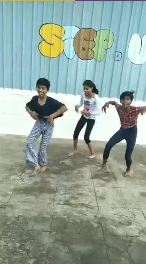 Oothikinu Kadichukava #prabhudeva #folksongs #funtimes #girlsgang #roposodance #stepupians #stepupdancecompany