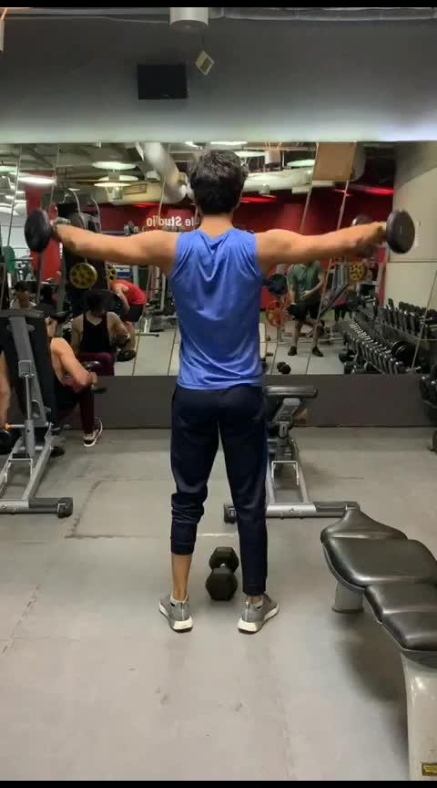 . shoulder workout . . . .  #instafit #progress #gymlife #shredded #cardio #aesthetics #fitnessaddict #fitspiration #getfit #noexcuses #fitnessmodel #healthylife #fitnessmotivation #gymrat #dedication #physique #gains #lift #fitlife #fitnessjourney  #incredibleindia #mumbai_igers #photographers_of_india #mumbai_uncensored #mymumbai #_soimumbai #androidography #androidnesia #androidinstagram #instaandroid #focalmarked