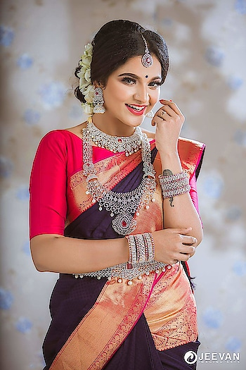 Chinthu VJ latest photoshoot stills https://southindianactress.in/tamil-actress/chithu-vj-photoshoot-stills/  #chinthuvj #vjchitra #southindianactress #tamilactress #bride #indianbride #southindianbride #southindianwedding #weddingsaree #southwedding #beautifulgirl