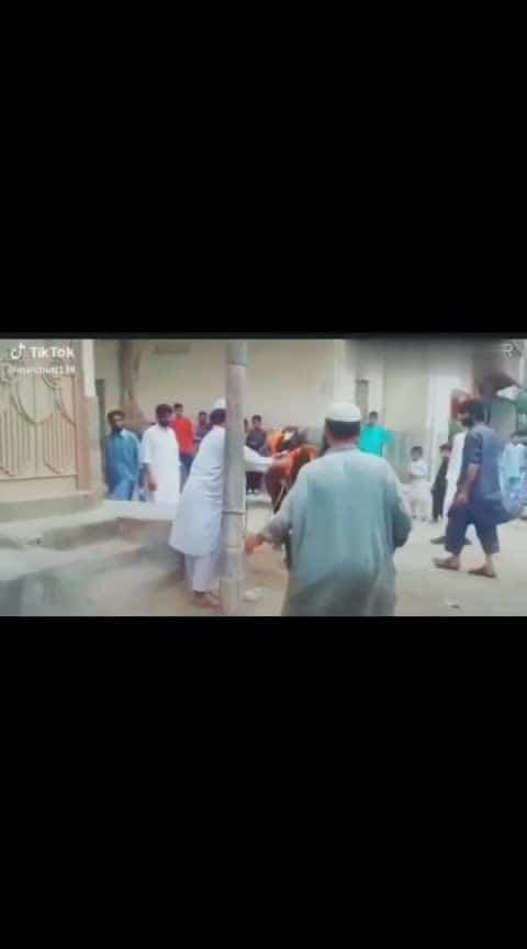 Powerful #fighter #bull #oneman #army #hero #saand #muslim #persons #defeated #catching #grip #legs #taqat #Amazing #interesting #nice #drama #imlovingit #enjoy #filmy #roposo