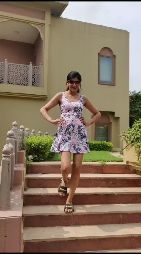 kya baat hai😊 #slowmo #fashionblogger #styleblogger #roposo-style #roposo #roposostar