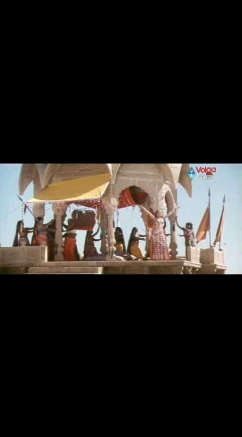 Oo... priya priya na priya priya...