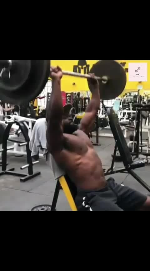 Quick Warmup #Fitspo#Fitfam #GymLife #Legday #NoPainNoGain #FitLife #GetStrong #Workout #MondayMiles #ChestDay #SeenOnMyRun #TrainHard #Gains #Strengthtraining #Physiquefreak #Fitness#Bodybuilding#bbb #CrossFit #FitFluential#bulkbodybuilding #bulk_bodybuilders #Sundayrunday#Instarunners #Gym #Squats