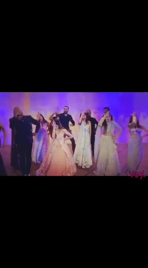 #jonitagandhi #danceing at #neetimohan #wedding #singerlife