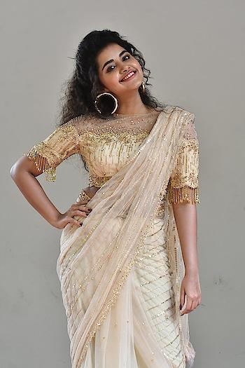 Anupama Parameswaran stills at Rakshasudu Press meet https://southindianactress.in/malayalam-actress/anupama-parameswaran/anupama-parameswaran-rakshasudu-press-meet/  #anupamaparameswaran #southindianactress #tollywood #tollywoodactress #indianactress #malayalamactress #saree #actressinsaree #rakshasudu