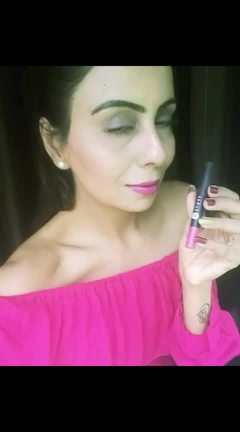 """Let the lips💋 do the talking with this Beautiful Crayon Matte Lip  Shade """"Mary Poppins"""" from the Brand @trysugar  #lips #lipstickday #lipstickaddict #hotpinklipstick #pinklipsstyle #mattelipcrayon #lipstickmatte #toppink #pinkisinmymind #pinkisforgirls #pinkmania #pinkypinky"""