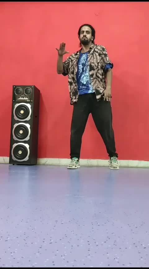Popping Throwdown🤟 #popping #poppingdance #poppingfreestyle #poppingvideo #mrsaiyan