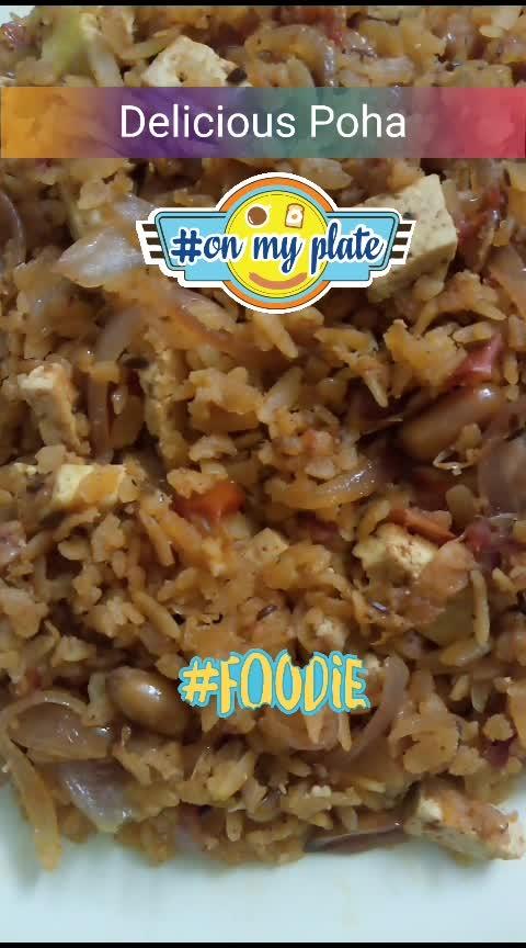 #poha #hungry #hungrytv #hungryalways #chandigarhblogger #chandigarhfoodblogger #foodblogger #foodblog #newpost #newpostalert #newpostontheblog #followme #followmeonroposo
