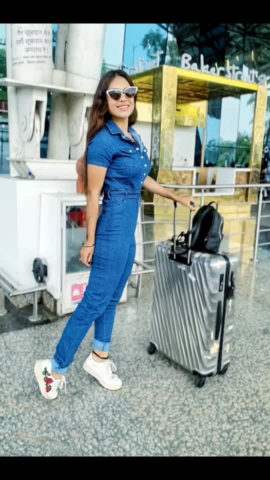 My dream is to Fly .. Over the rainbow so high ....♥️♥️🌈🌈🌈 : Late post ... 🙌🙌🙌 Indore airport Diaries... 😍 : #byebyetime #indore #madhyapradesh #travelgram #latepost #lategram #indoreairport #travelgram #travelling #travelblogger #airport #airportlook #airportstyle #denim #denimjumpsuit #travelinstyle #stevemadden #tumi #tumitravel #luxurylifestyle #pollywood #nehamalik #model #actor #blogger #instalove #instantpollywood #instalike #instafollow