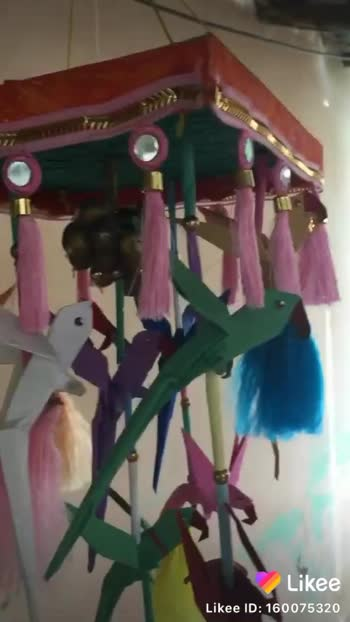Hai friends papercraft parrot