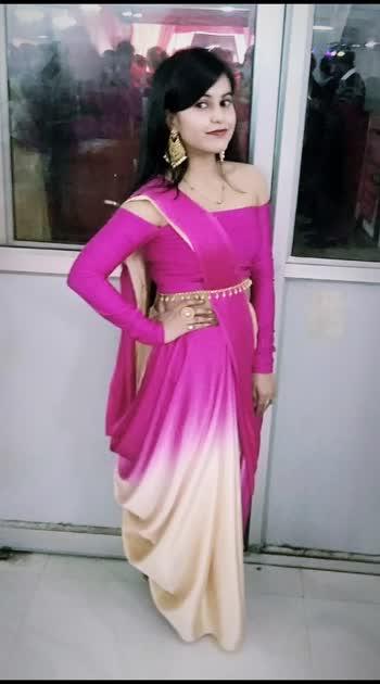 Simple yet classy Nothing can go wrong when you wear a saree.  follow me on instagram @i.am.khushbu  #drapesaree #sareelove #sareefashion #sareesofinstagram #sareeoftheday #sareeaddiction #sareeswag #sareelook #sareedraping #sareesnewstyle #sareedelhi #sareeday #fashion #be-fashionable #designer-wear #designer-saree #styles #stylishwomen #classylook #elegant #elegantlook #classicbeauty #outfitdiaries #ootdstyle #functionwear #alltimefavorite #trendy #loveforsareee #i_khushbu