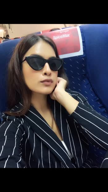 Inflight timepass..... ✈️✈️😋😍 : : #airportlook #airportstyle #jaipur #airportfashion #airportphotography #travelphotography #spicemax #travelblogger #travelling #travelinstyle #travelwithme #pollywoodactress #punjabi #teampollywood #bollywood #nehamalik #model #actor #blogger #instantpollywood #instagram